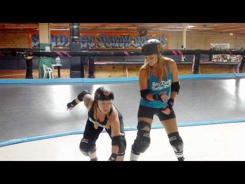Lemon Drop of the San Diego Derby Dolls teaches the Bean Dip
