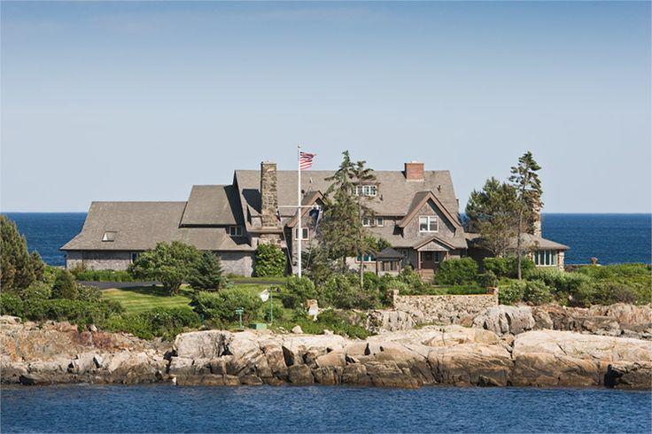 Kennebunckport Maine Coast House... The Bush estate