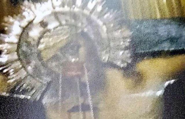 O Εσταυρωμένος στο Γολγοθά άνοιξε τα μάτια του. Δείτε τις φωτογραφίες - Χώρα Tου Αχωρήτου