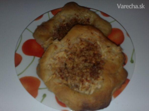 Špaldový kysnutý koláč ( fotorecept )