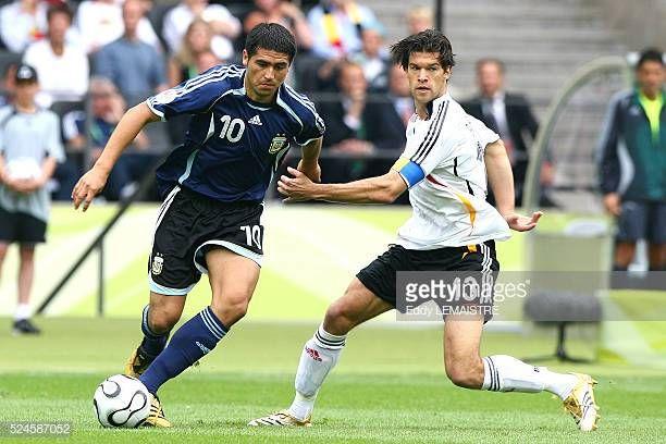 Michael Ballack And Juan Roman Riquelme During The Fifa World Cup Quarter Final Match Between Germany And Argenti Argentina World Cup World Cup Michael Ballack