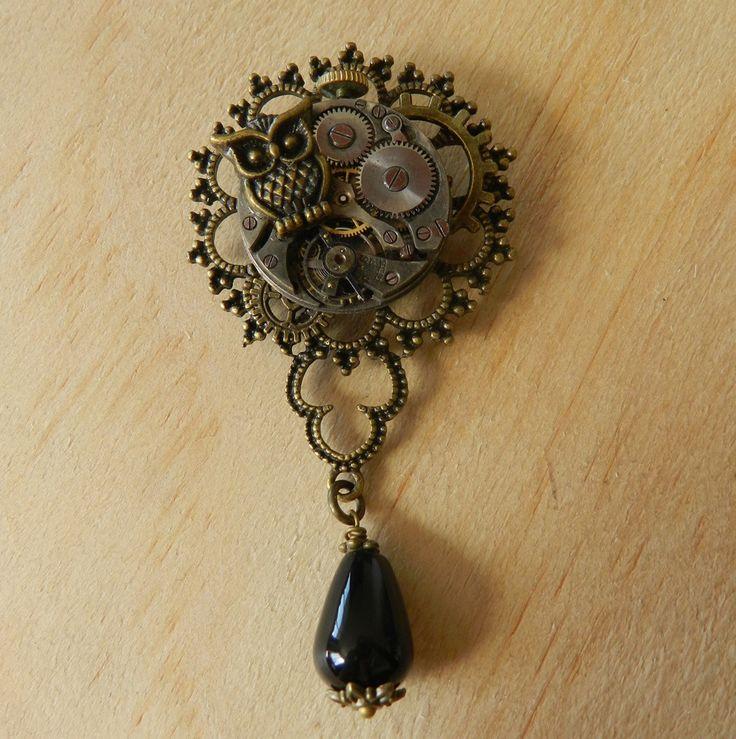Image of Beautiful Steampunk Owl Vintage Brooch