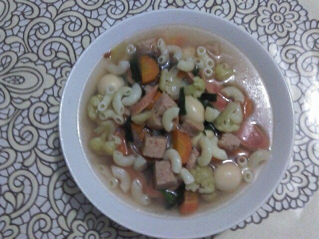 Sup makaroni