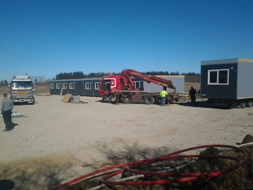 De første pavilloner er ankommet til pladsen i Frederikshavn
