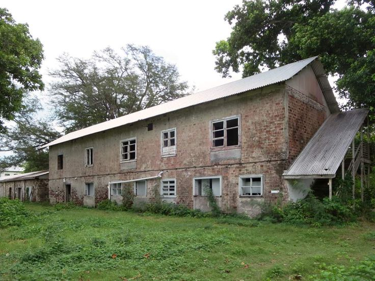 This derelict building behind Oceania House on Home Island, Cocos (Keeling) Islands, was part of the Clunies-Ross estate.
