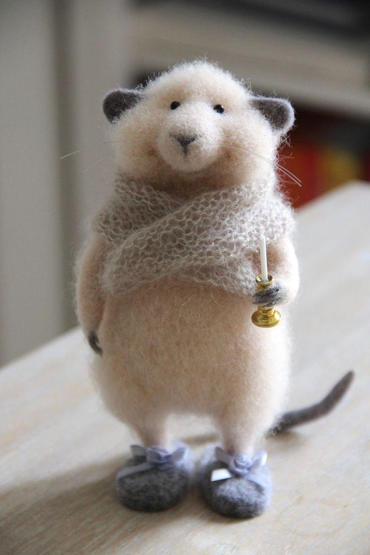 мышонок из шерсти, мышь валяная