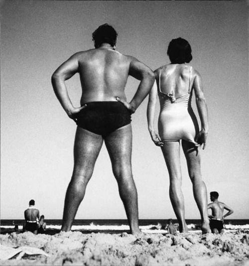Max Dupain,Form at Bondi, 1939