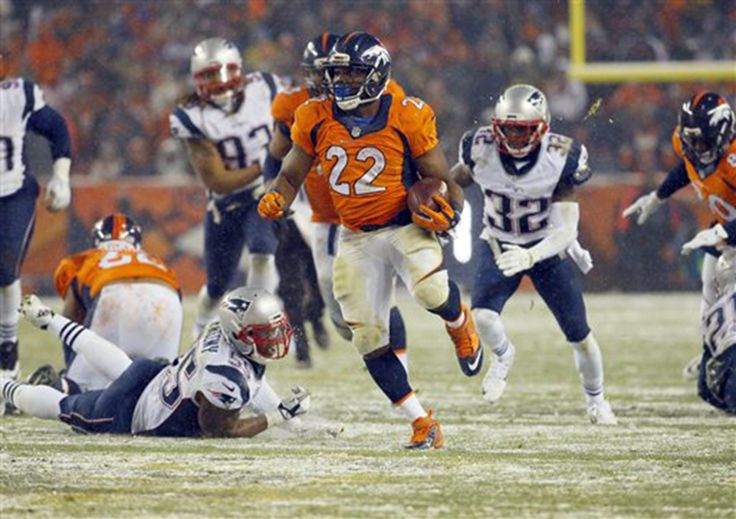 Patriots lose to Broncos in overtime, 30-24 -     New England suffers its first loss, and loses tight end Rob Gronskowski to injury.  -    Denver Broncos running back C.J. Anderson (22) breaks free for the game-winning touchdown against the New England Patriots during overtime of an NFL football game, Sunday, Nov. 29, 2015, in Denver. The Broncos defeated the Patriots 30-24. (AP Photo/Jack Dempsey)