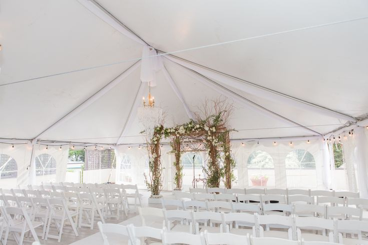 Tended Wedding Ceremony; Cold Spring Country Club Wedding, New York - The Coordinated Bride; Sarah Tew Photography