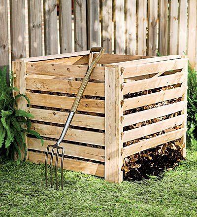 Fabriquer un bac à #compost en #palettes ! http://www.m-habitat.fr/entretien-de-jardin/entretien-divers/le-compost-definition-et-principe-2770_A