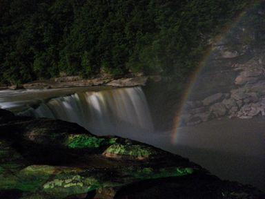 Cumberland Falls moonbow