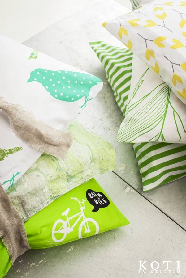 Raikkailla tekstiileillä taiot hetkessä uuden ilmeen makuuhuoneeseen. | Vihreä aalto | Tea Honkasalo | Kuvat Arsi Ikäheimonen