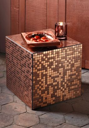 Cube cuivre à facettes