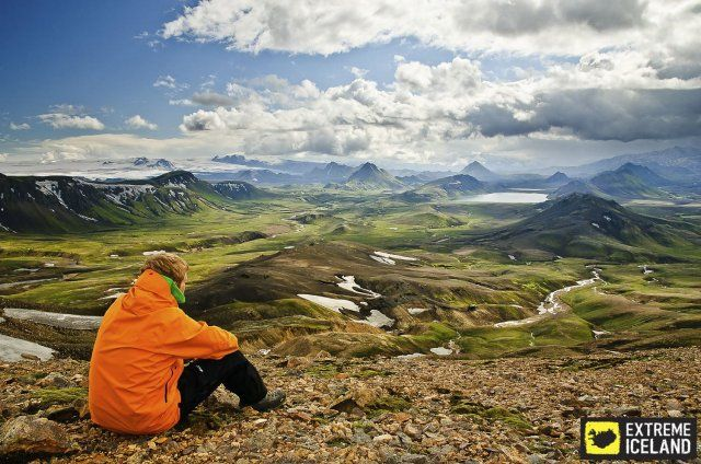 Iceland is a hiker's paradise. Vast deserted areas with first class nature! Click image to read more about hiking tours in Iceland.