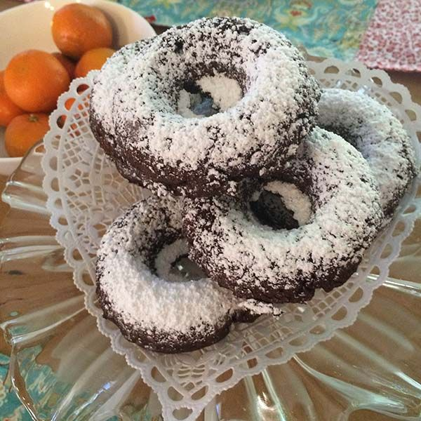 Chocolate Donuts Easy Donut Recipes For The Wilton Donut