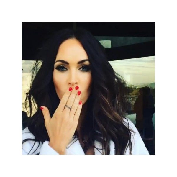 Behind the scenes - 004~10 - Megan-Fox.us | Megan Fox Fansite | Megan... ❤ liked on Polyvore featuring home, home decor and fox home decor