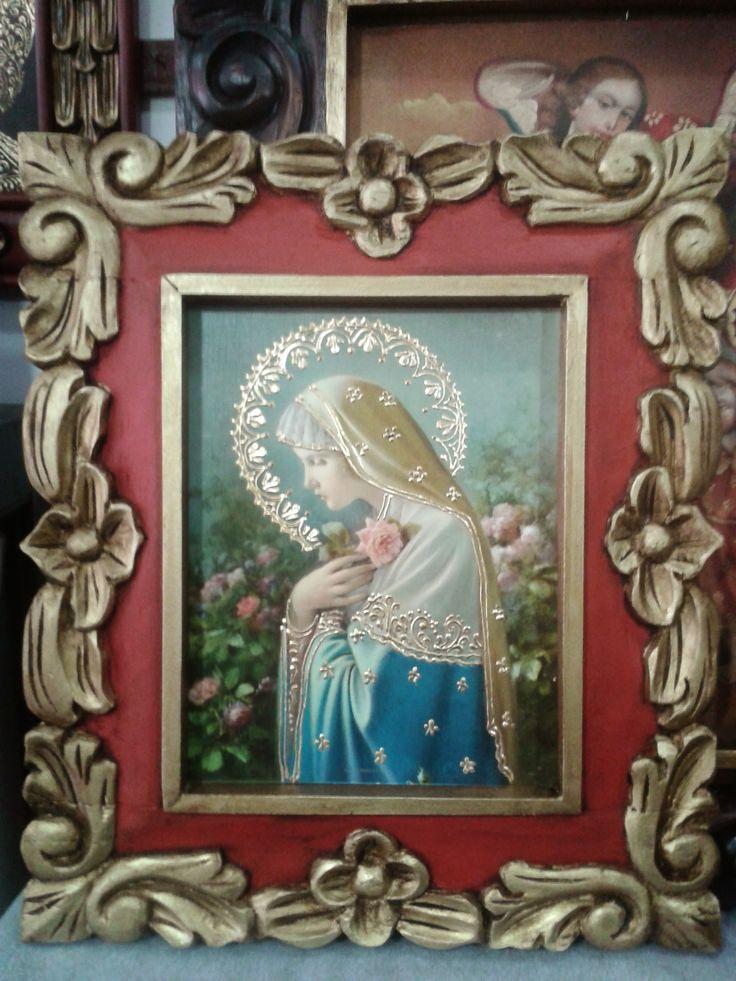 Virgen Rosa Mística. Lámina iluminada marco talla en madera.