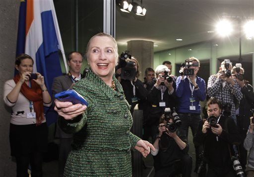 Beyond Clinton, many 2016 hopefuls have used private email