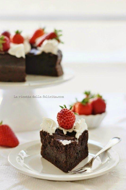 La ricetta della felicità: Torta al cioccolato senza farina di Csaba : un'idea facile e veloce per mamme golosissime!
