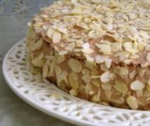 Tort chałwowo- bezowy