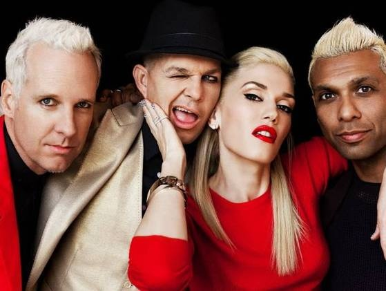 Gwen Stefani With 3 Of The Most Important Men in her life, her bandmates of no doubt, Tom Dumont, Adrian Young & Tony Kanal