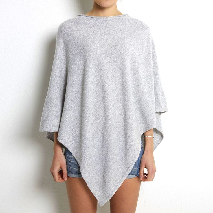 Poncho light grey cashmere www.wildwool.no