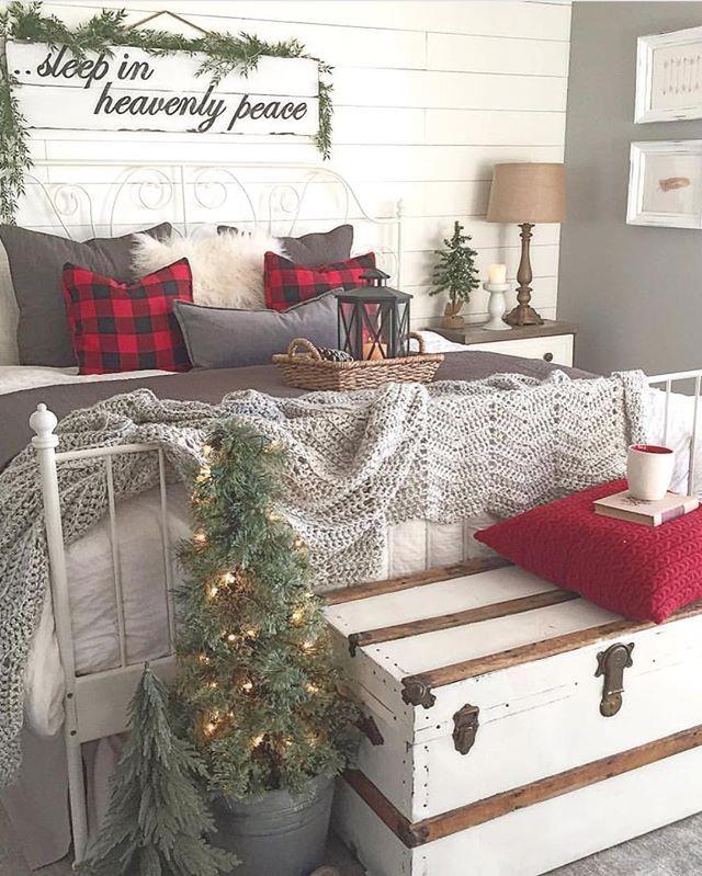 Farmhouse bedroom with Christmas decor. #seasonaldecor homechanneltv.com