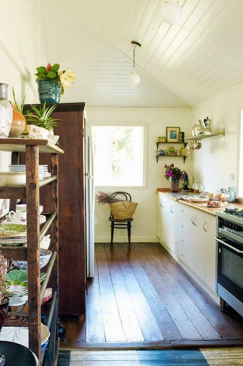 Décor de Provence: Country Simplicity...