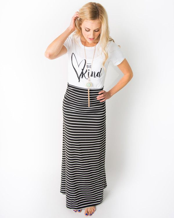Here are 10 of our favorite maxi skirt styling tips. And we promise you'll be a maxi skirt convert after this.
