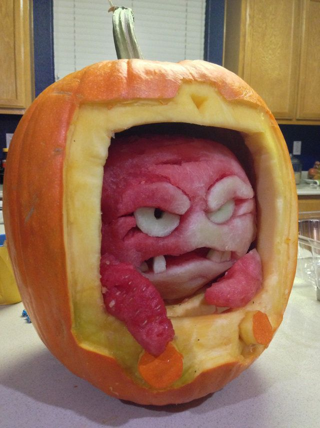 Impressive: Krang from TMNT Carved Out Of A Watermelon Inside A Pumpkin