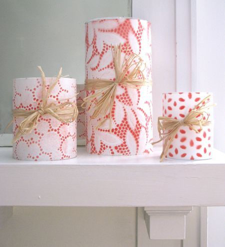 Cover candle with lace. Spray paint. Let paint dry and peel off lace. So pretty!: Diy Ideas, Gifts Ideas, Lace Candles, So Pretty, Sprays Paintings, Paintings Candles, Wraps Paper, Paintings Dry, Covers Candles