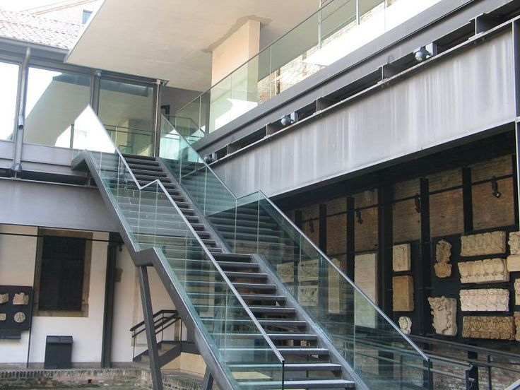 Padova, Museo degli Eremitani. Railings for stairs in safety glass.