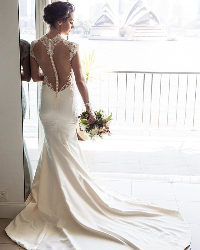 Love this gorgeous back detail  #gmphotographics #sydneysbestphotographers #sydneyharbour #sydneywedding #professionalweddingphotography #sydneyweddingphotography #cannonmasterphotographer #masterphotographer #love #instabride