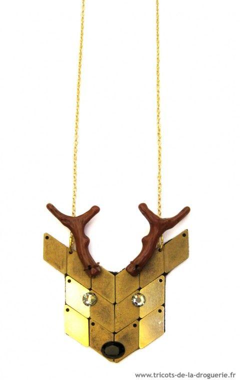 """Quelques idées pour ELLE un cadeau DIY présenté en joli kit, ou de quoi faire un sautoir """"renard"""" ou """"cerf"""" et pour LUI… apprendre à coudre ou à tricoter ! Alors vous l'avez trouvé ? Votre Chevalier Blanc !!!"""
