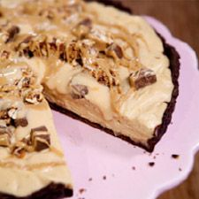 End the evening in a sweet note, with this chocolate peanut butter mouse tart