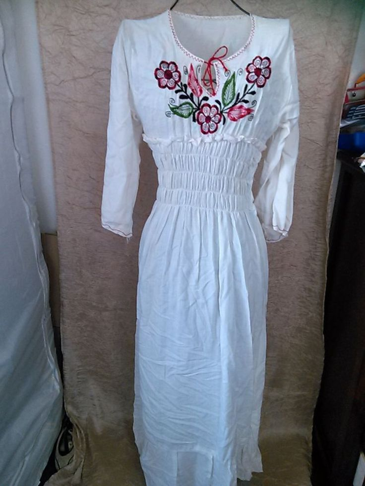 VINTAGE 1970s Hippie Maxi Embroidered Dress Flower Mod sz S to M  #unknownvintage