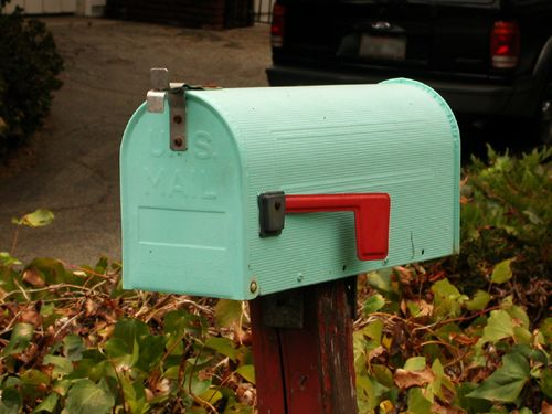 Love this mailbox on flickr...a little retro and beautiful color