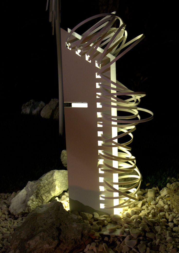 Gipsy Flowers-Celestia-lamp-Design by Alessandro Vangone.