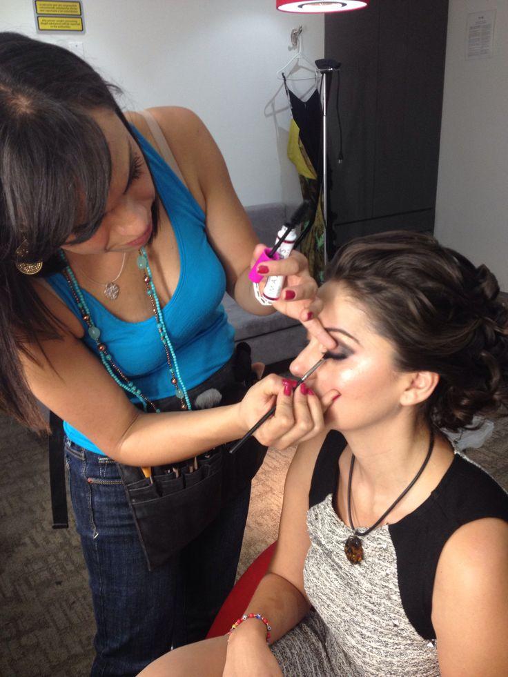 TV makeup for Elsa Rios amazing spanish singer! Maquillaje para TV de Elsa Rios, cantante española extraordinaria! www.facebook.com/LauAlvaradoMaquillistaProfesional