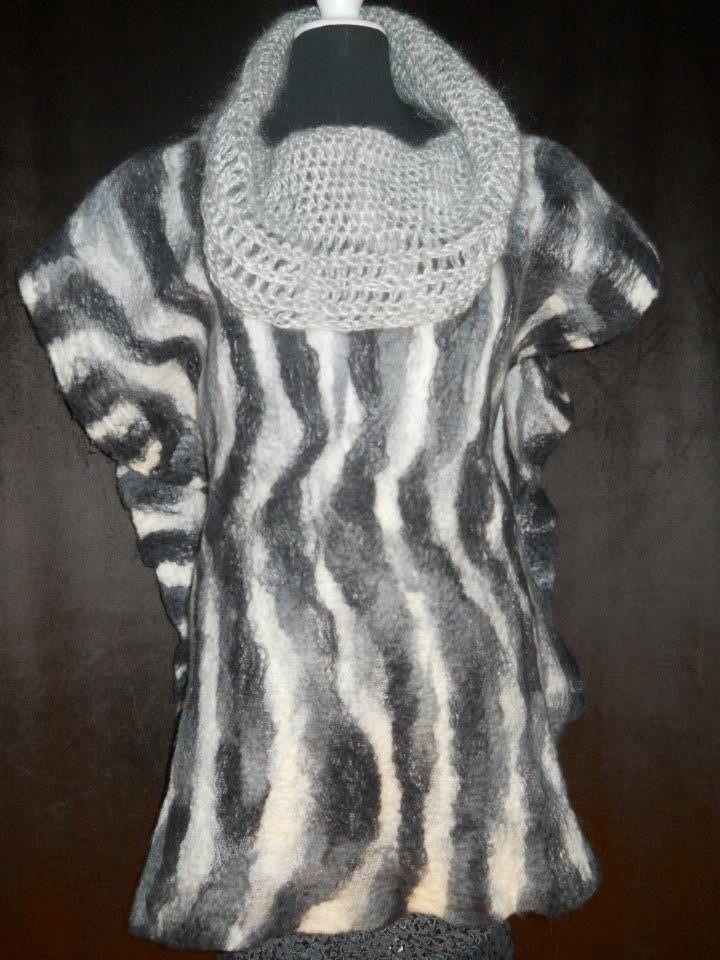 Tapado el fieltro con cuello tejido en lana mohair española. US 120