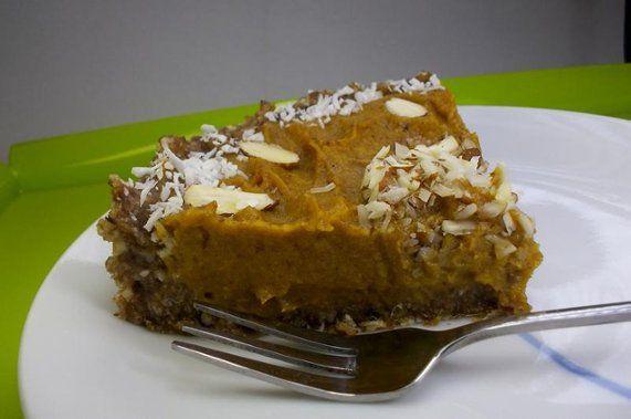 Torta crua de abóbora e caqui | Receita