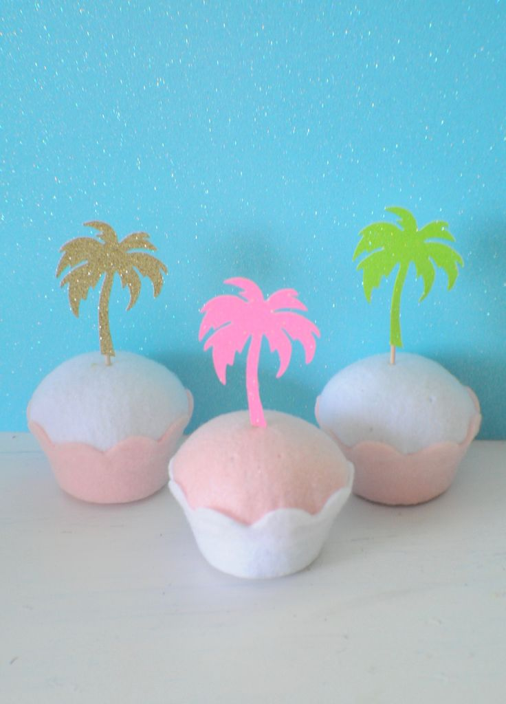 Palm tree cupcake toppers, Hawaiian cupcake toppers, luau cupcake toppers, Luau party, Hawaii Party, Tropical cupcake toppers by SmashCaked on Etsy