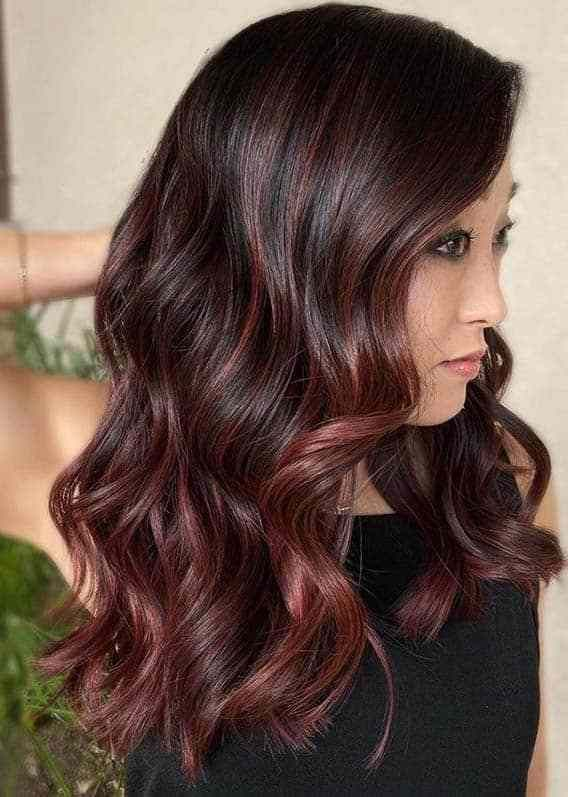Best Burgundy Hair Color Trends For Women To Show Off Nowadays Burgundy Hair Hair Color Burgundy Hair Color For Women