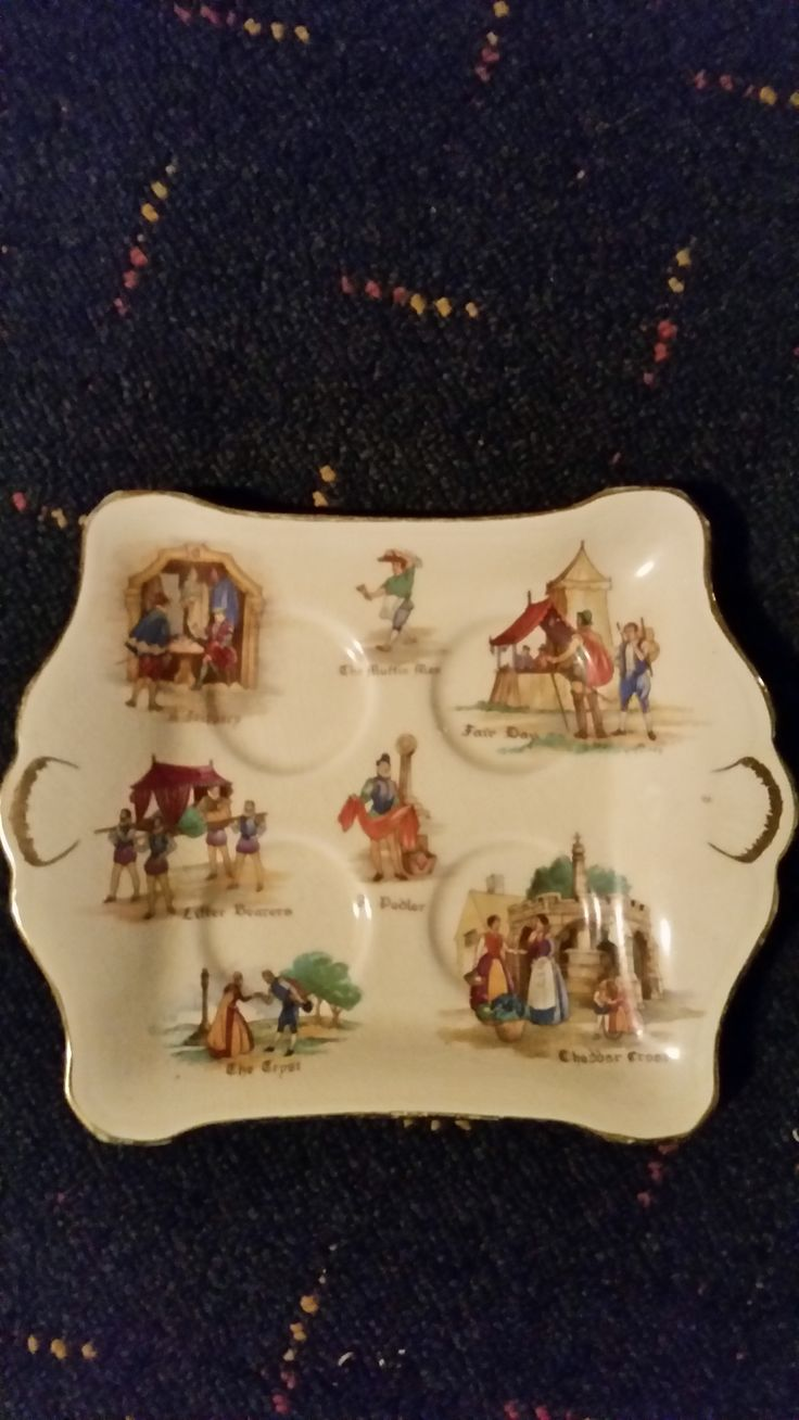 """This is a Royal Winton """" Old Engish Markets """" egg tray, It is very rare,  Check out my royal Winton """" Tershore """" items. VERY RARE! All Royal Winton items are for sale"""