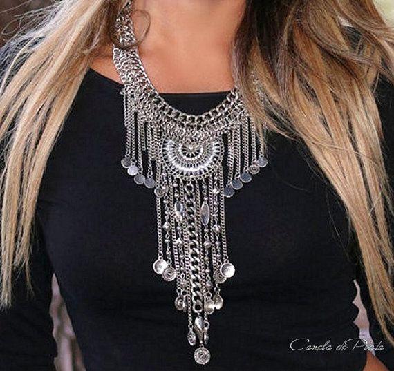 Collar babero largo con colgantes borlas cristal por CaneladePlata