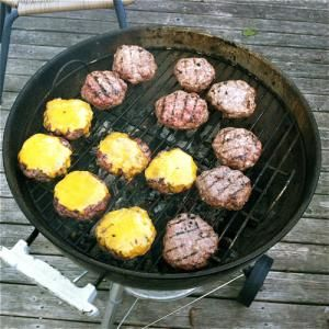 10 Tips for Perfect Burgers: Use a Hot Grill