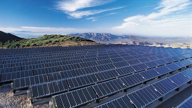 énergie solaire, panneaux photovoltaïque, développement durable ...
