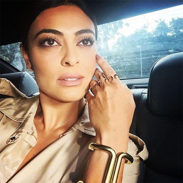 Ela não tá a cara da Kim Kardashian?