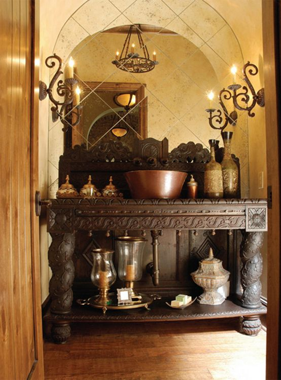 Tuscany Style Reveals In The Use Of Burgundy And Ochre Against A Background Cream Is Typical This Decorating Layers Which Include