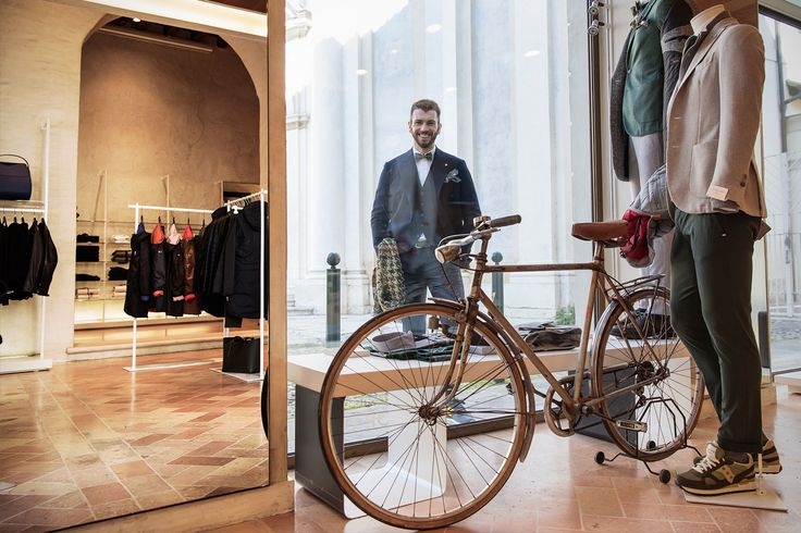#rionefontana #fashion #man #style #look #outfit #lifestyle #shopping #shop #online #instore #Treviso #rionefontanatreviso #Veneto #Italy #Italianstyle
